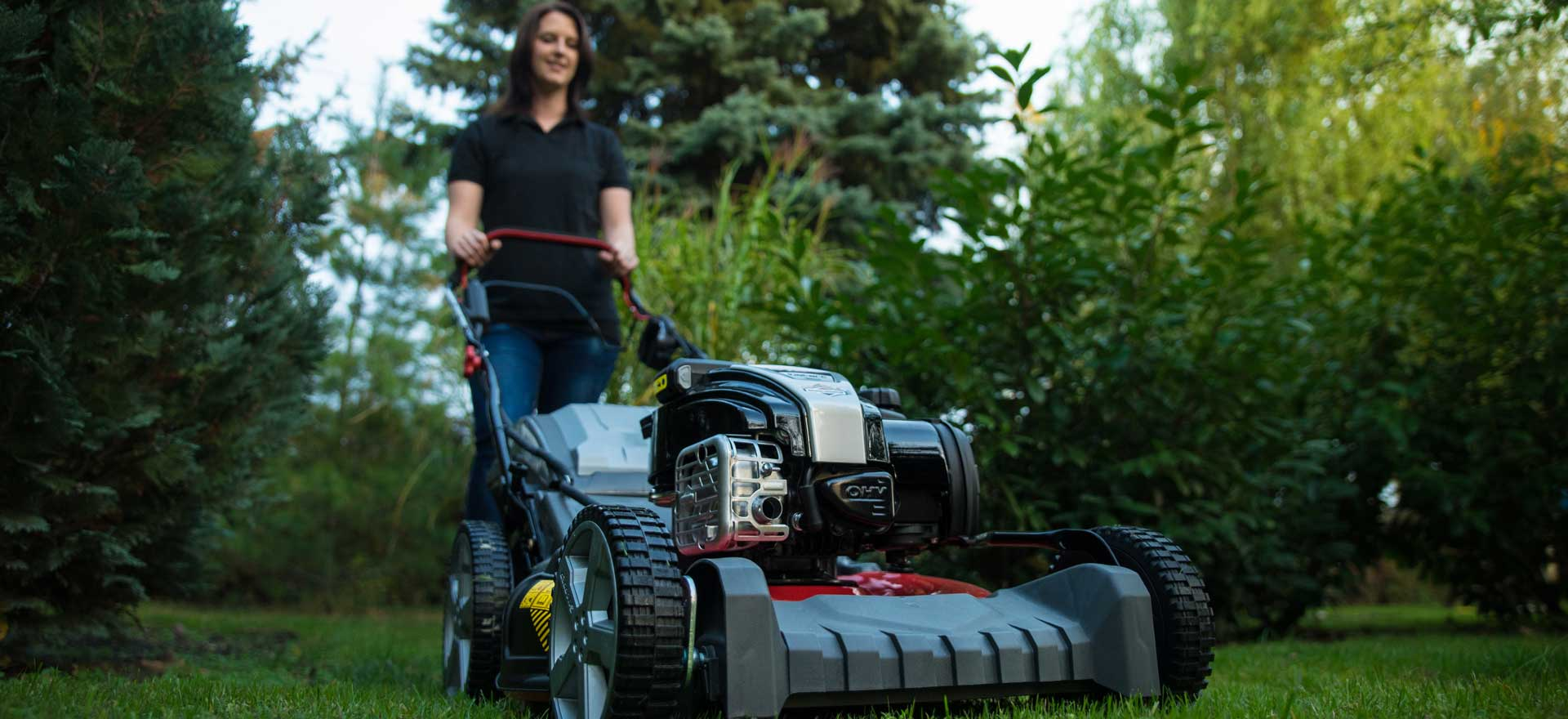 The best self-propelled lawn mower buying guide (2019): our top.