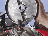 How to Inspect Flywheel & Key for Replacement | Briggs